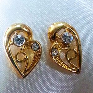 Jewelry - Stylized goldplated rhinestone heart earrings NWOT